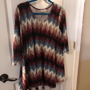 Tops - NWOT Chevron Top by Zig Zag Style